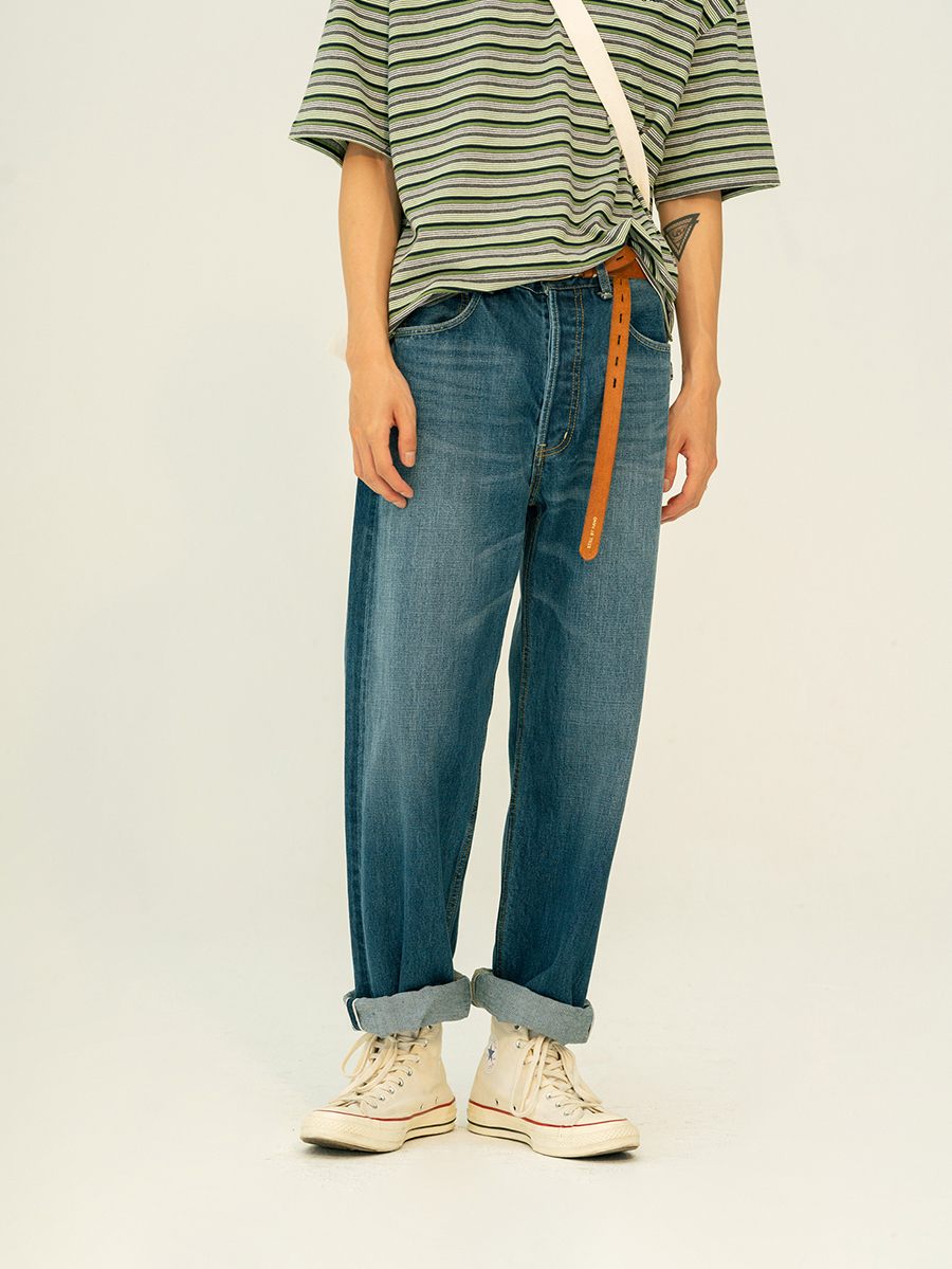 Poof C (1s) I 1970s classic simple straight wash light retro casual red ear jeans