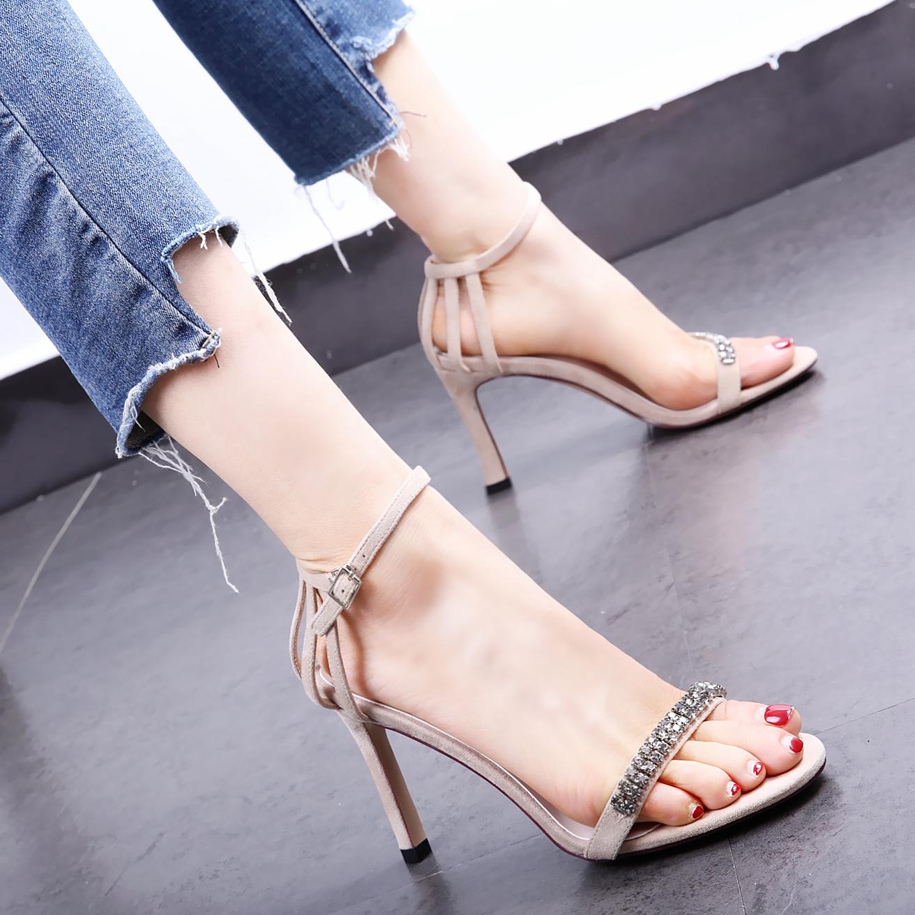 一字扣凉鞋女夏季2019新款细跟绑带百搭水钻性感仙女风女士高跟鞋
