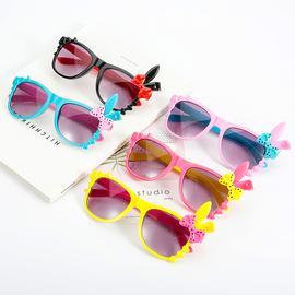 儿童防紫外线太阳镜男童女童眼镜小孩宝宝潮墨镜1-3岁婴儿配饰图片