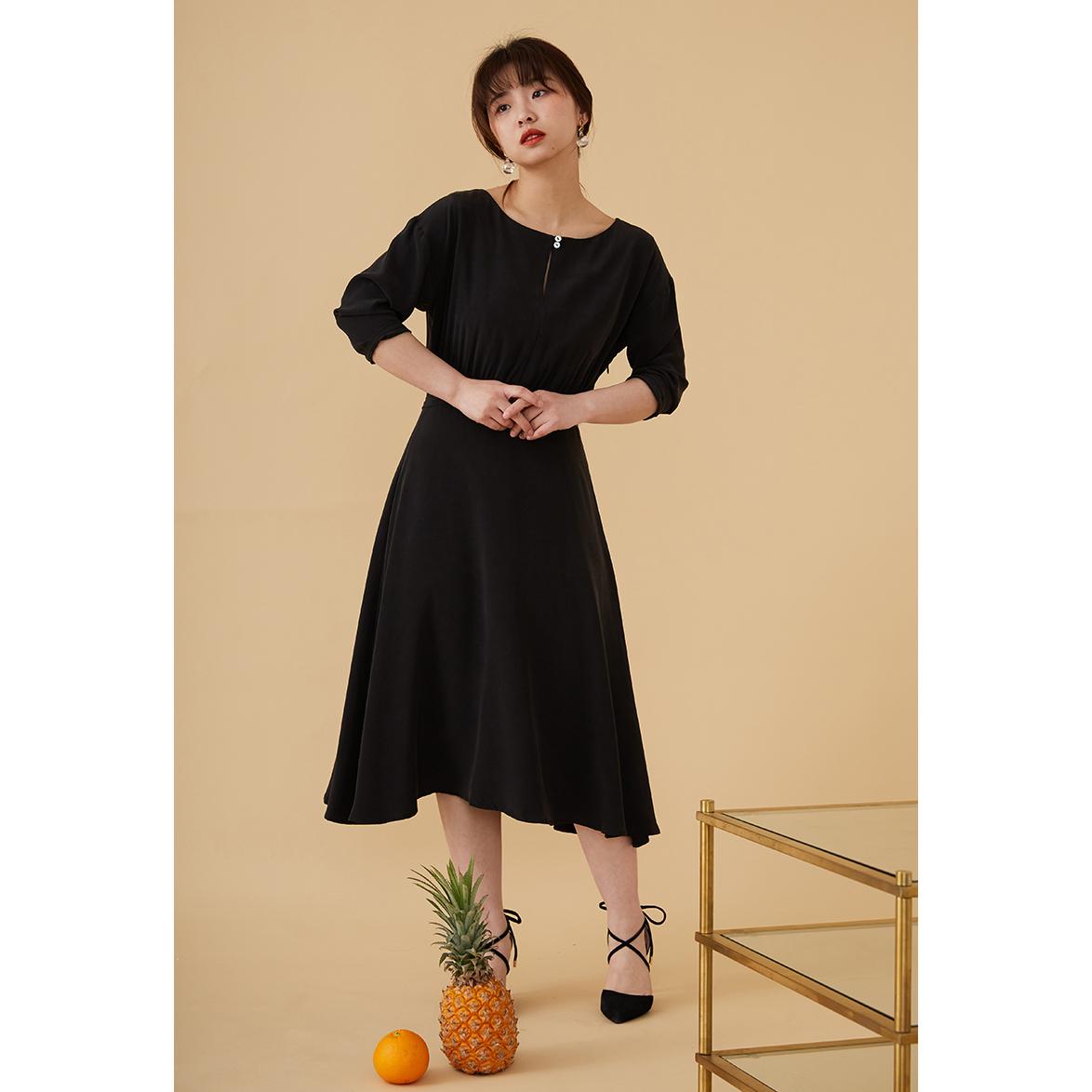 【unwind】实用的高级感优雅连衣裙限10000张券