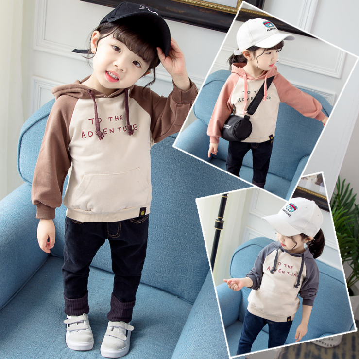 Intimate baby 2019 autumn new long sleeve mens and womens Hooded Coat, western style childrens clothing, letter sweater, Korean version