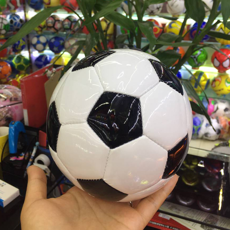 Factory direct sales No.2 No.3 football black and white football machine sewing foam kindergarten football Mini Football