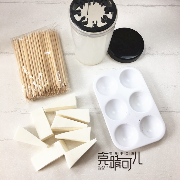 Soft pottery clay model hand-made hand-painted coloring Tools palette pen washing bucket sponge block small wooden stick Brooch