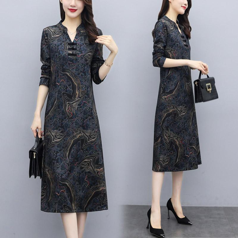 2021春季新款改良版旗袍妈妈连衣裙气质显瘦阔太太过膝裙遮肚减龄