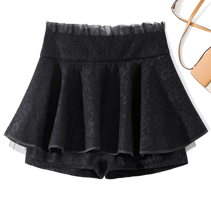 Casual pants womens autumn new fashion slim short lace womens Low Waist Shorts 2020