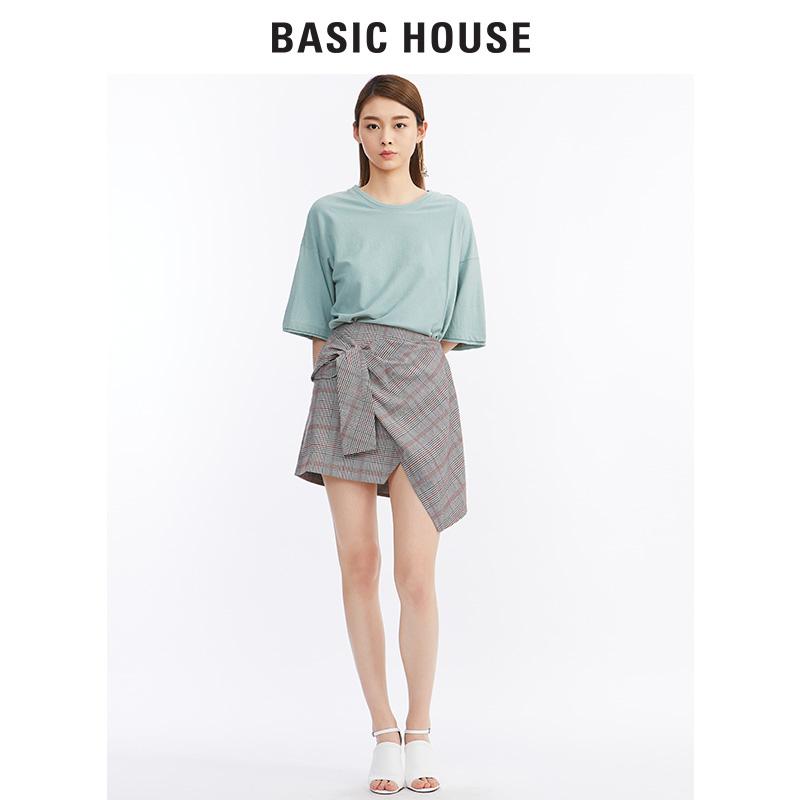 Basic House/百家好新款英伦格子裙蝴蝶结不对称半身裙女HRSK325A