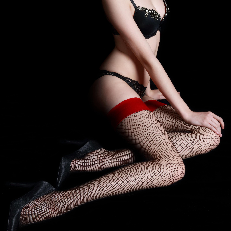 吊带黑丝网眼渔网袜女长筒鱼网性感丝袜到大腿根黑色网袜高筒网格