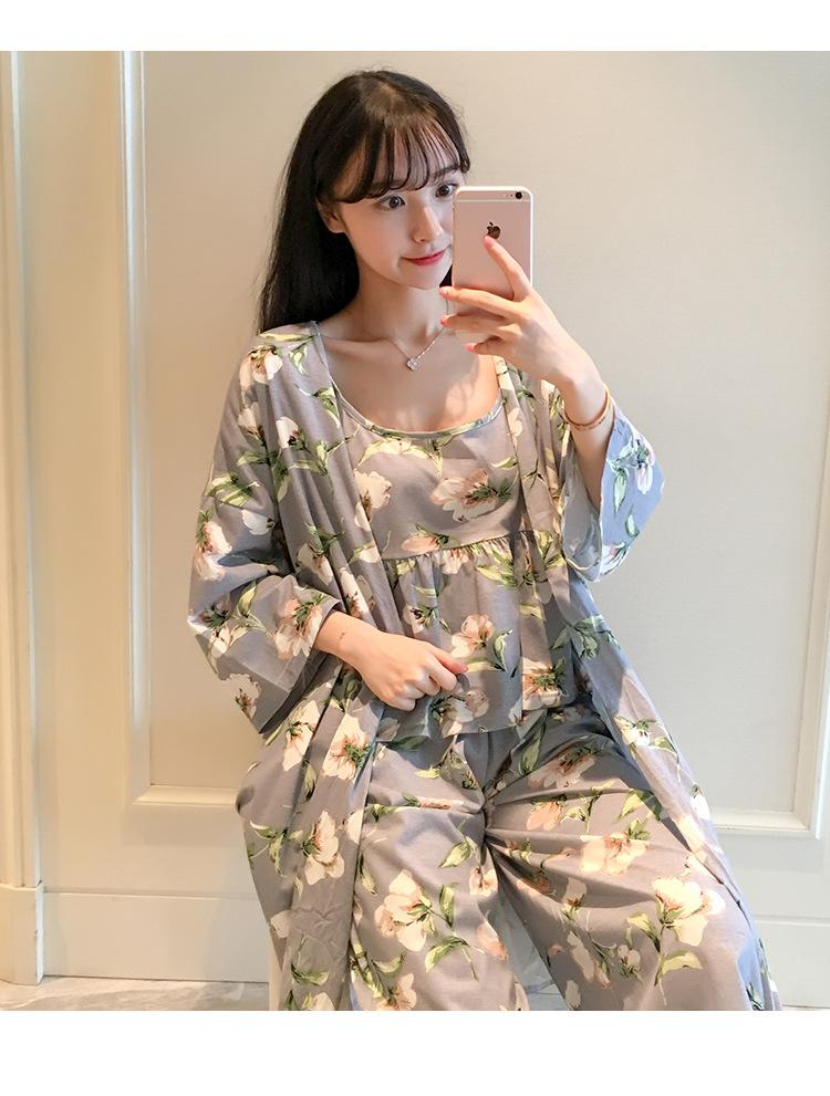 以欣 120克牛奶丝薄款韩版女士吊带长裤日系睡袍兰花三件套家居服