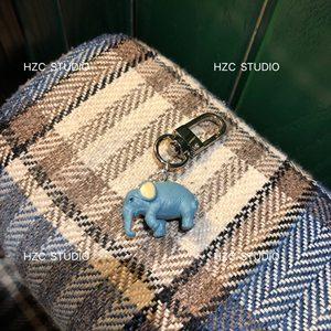 韩子陈 卡通蓝色大象动物塑胶airpods挂件钥匙扣包邮新款推荐现货