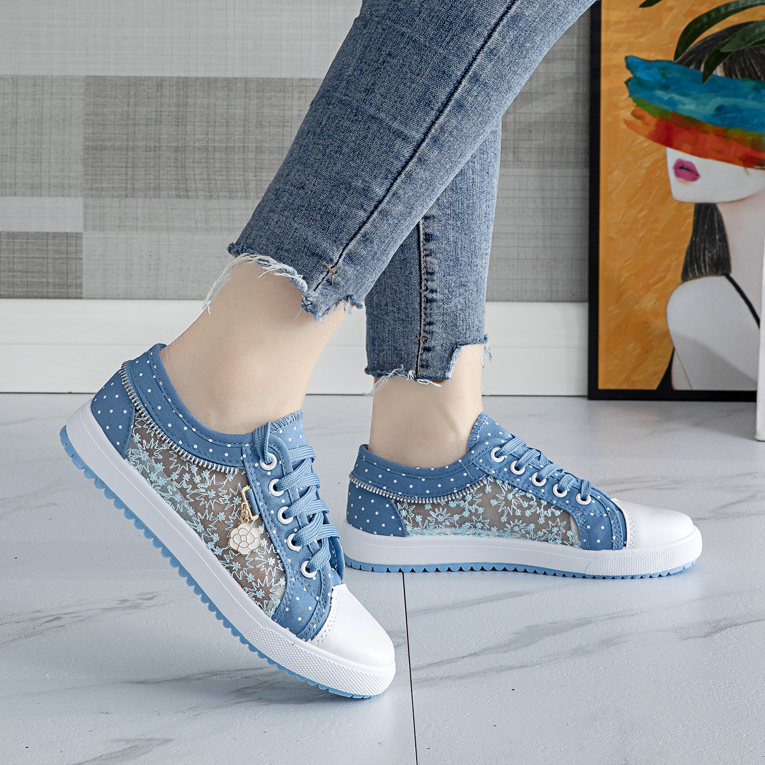 Summer new hollow mesh shoes womens casual shoes high school students board shoes flat bottom low top canvas shoes womens shoes