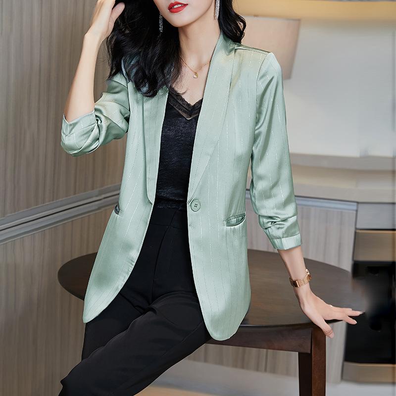 2020早秋新款银线缎面优雅小众亮丝条纹小西装显瘦休闲直筒外套女