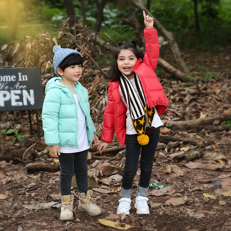 2018 new winter 90 down baby down jacket middle and small childrens short candy color down jacket thickened coat