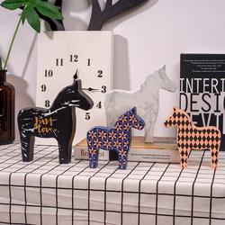 北欧风格卧室客厅玄关电视酒柜装饰品摆件创意小木马家居桌面摆设