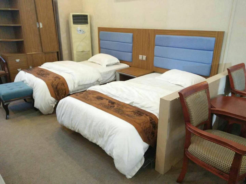 定制快捷酒店商务宾馆床公寓1.2双人标间全套家具电脑桌衣柜板式