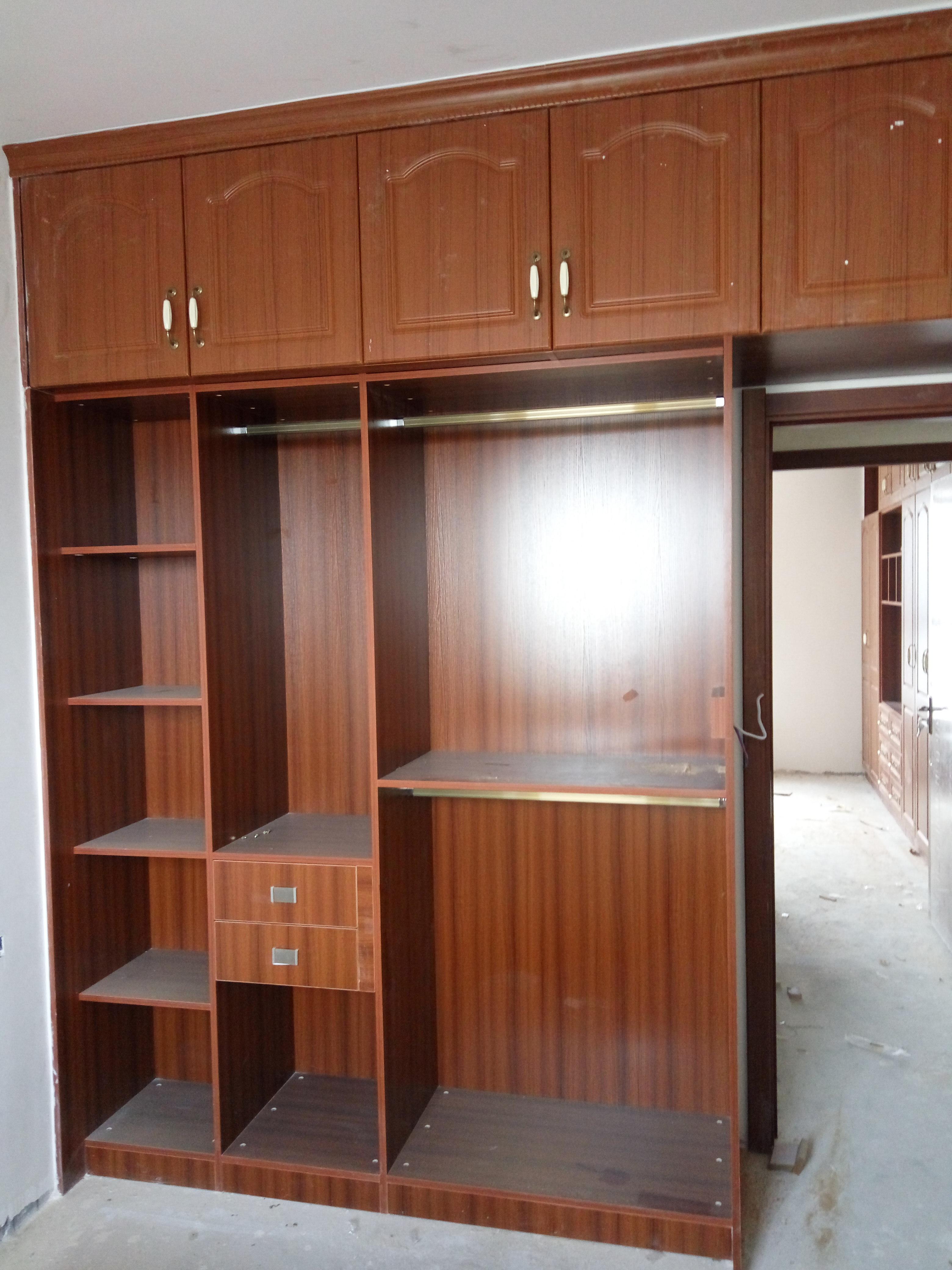 荆州衣柜定做全房家具 红景家园 厂价销售多层实木欧式模压门板