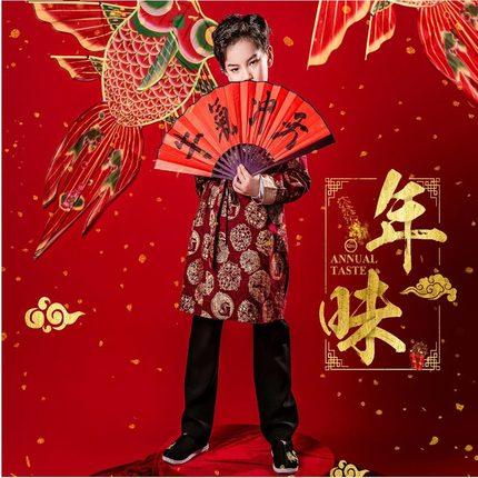 新年全家福摄影道具春节喜庆牛中国结儿童写真影楼主题拍照扇子