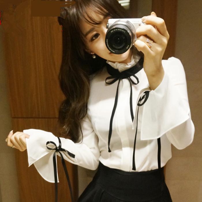 Autumn new womens dress Korean celebrity temperament Ruffle bow horn Sleeve Chiffon Shirt White bottomed top