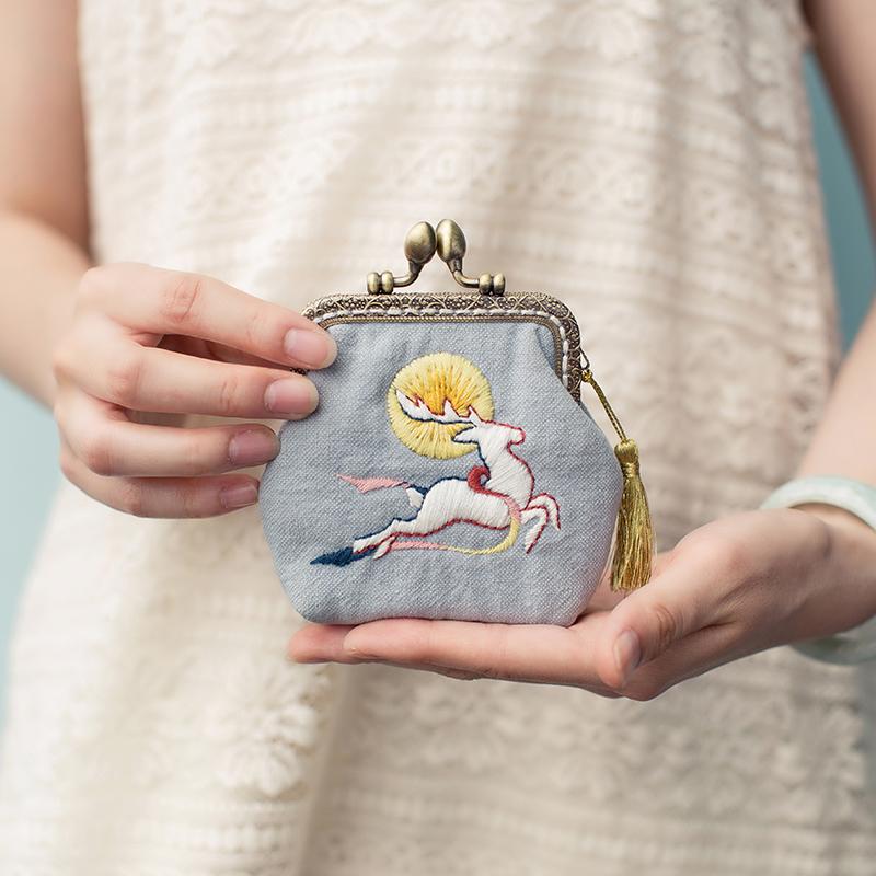王的手创 手工刺绣口金包不织布diy材料包布艺孕妇零钱包初学礼物