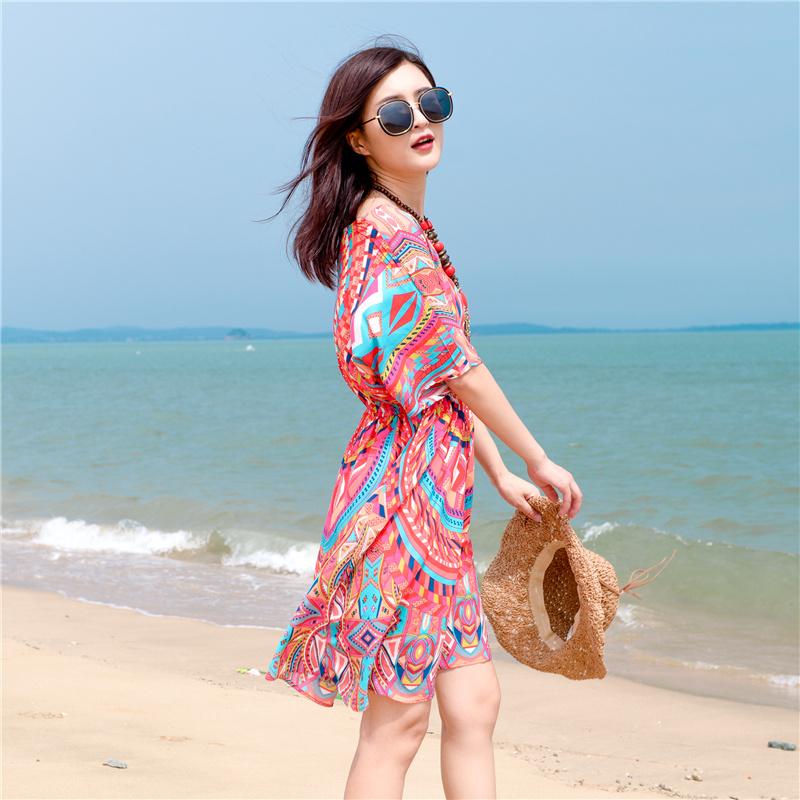 巴厘岛海边度假沙滩裙女波西米亚中长裙三亚泰国民族风连衣裙大码