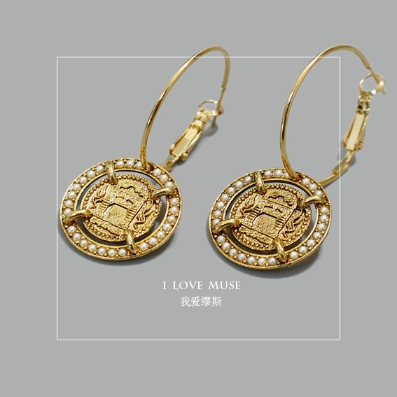 原创时尚高级感法国复古金色巴洛克钱币百搭气质珍珠耳圈耳坠耳环买三送一