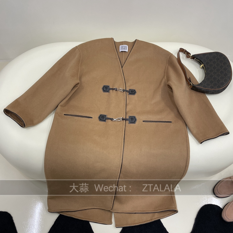 2021 light luxury womens autumn and winter new V-neck breasted wool cashmere blend coat silhouette off shoulder lazy coat