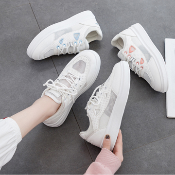 2021 new Korean spring and autumn mesh breathable little white shoes Street foreign style fashion shoes for girls