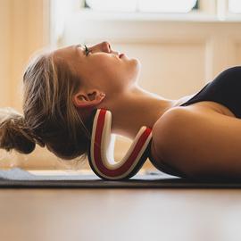 Necksaviour Mini颈椎枕头拉伸按摩器牵引器矫正器理疗器缓解头痛图片