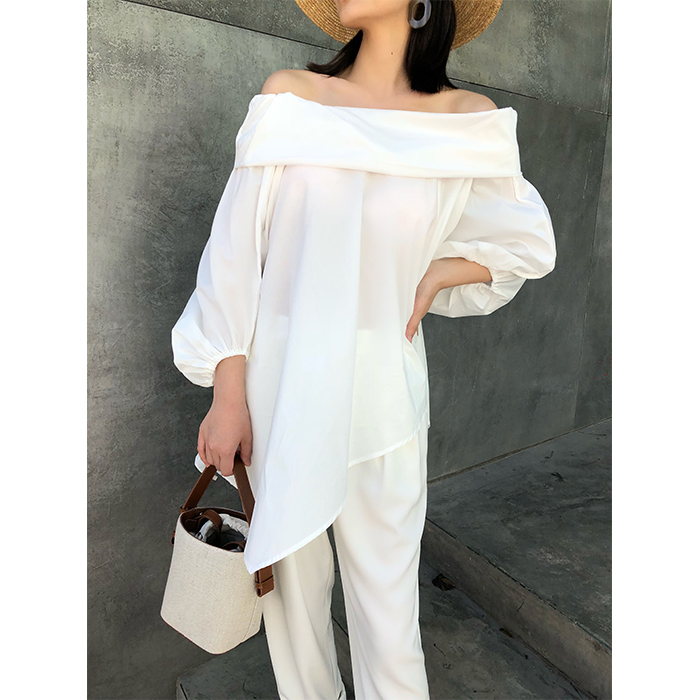 RFM spring and summer new three-dimensional tailoring white off shoulder temperament loose thin holiday style one shoulder top women