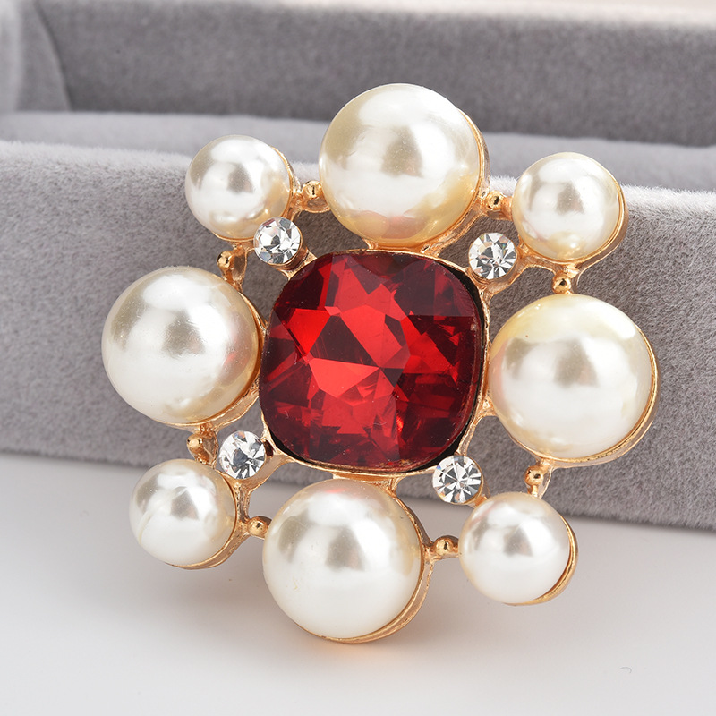 Professional amashite authentic 2020 fashion hot sale Ruby Pearl Brooch womens versatile Brooch