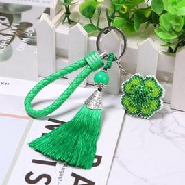 2020新款印花十字绣小挂件车钥匙扣进口满珠绣绿色四叶草包包挂饰