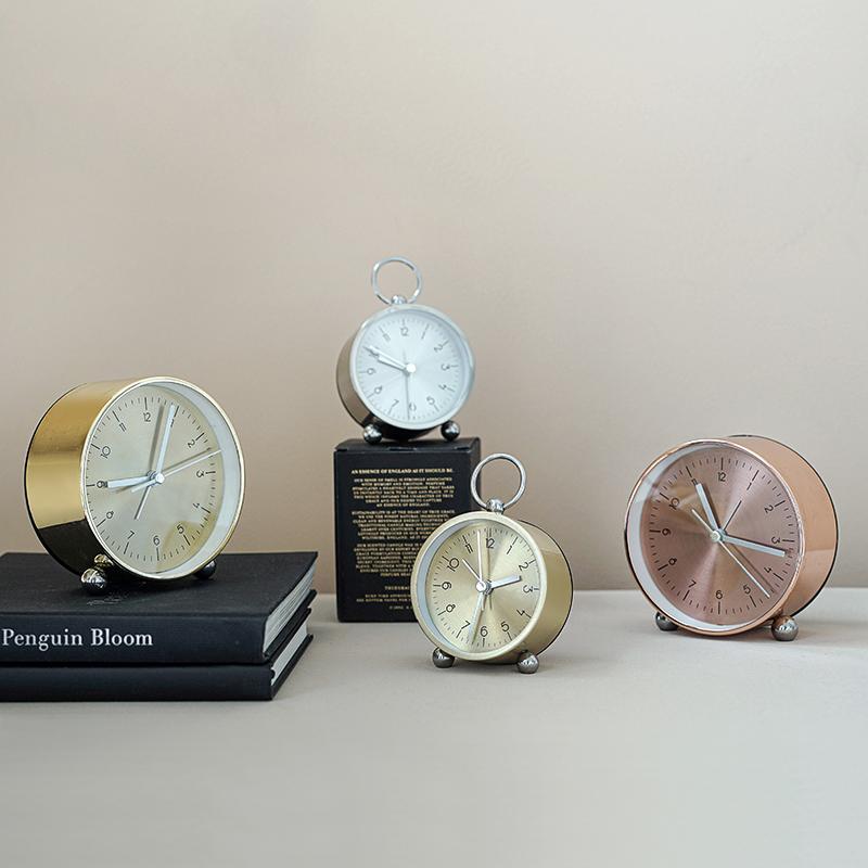 不包邮ladylike高端厚铝创意时钟摆件 简约闹钟静音 床头座钟夜光学生用