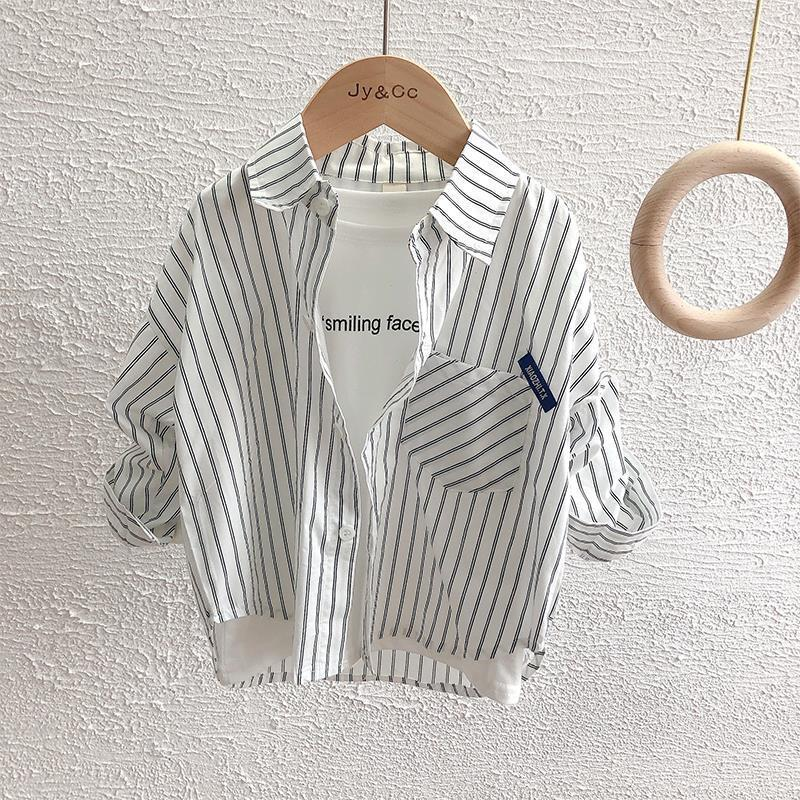 Childrens shirt spring and summer 2021 new boys vertical stripe Lapel shirt Korean long sleeve student oxygen Korean Edition