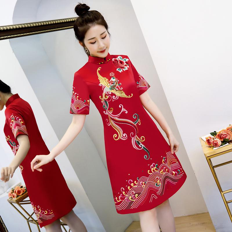 中国风旗袍2019春装新款中式复古绣花旗袍裙中长款改良连衣裙女装