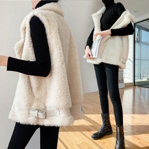 羊羔毛马甲女短款2020秋冬韩版宽松皮毛一体机车服羊羔绒马夹外套
