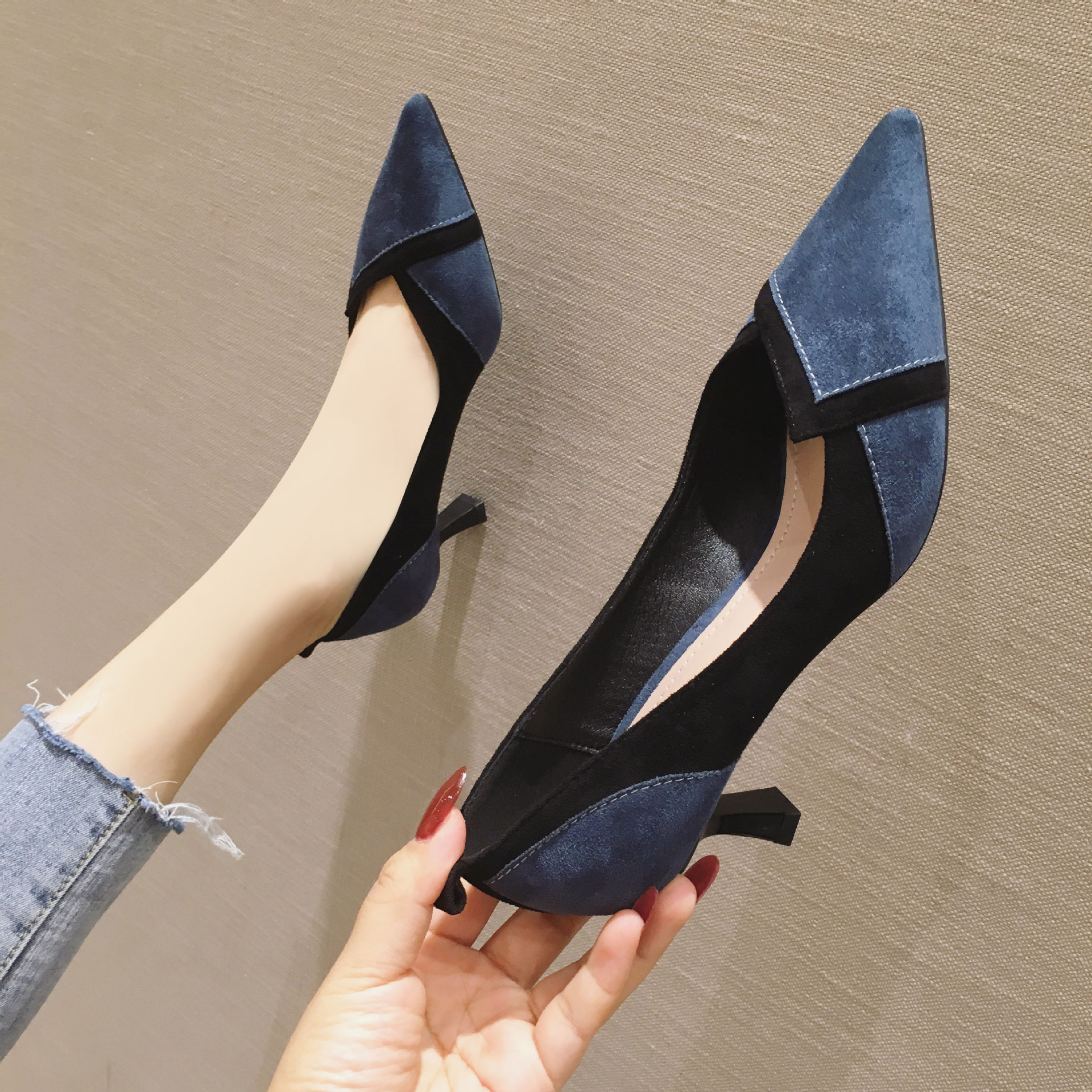 666-20 new autumn and winter 2019 womens high-heeled shoes thin heel pointed shallow suede girls single shoe rubber
