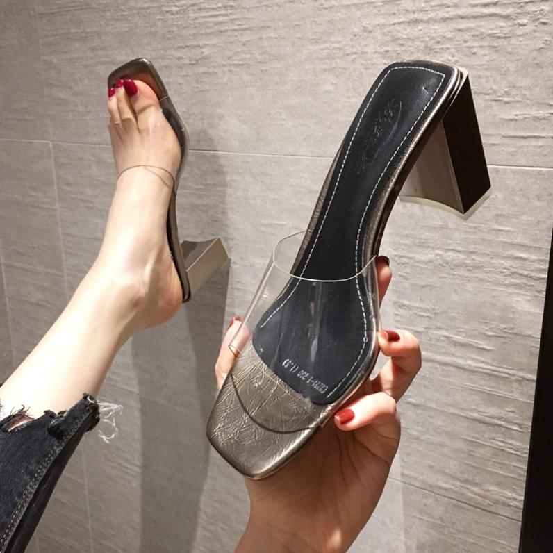 潮牌2021夏季新款拖鞋女鞋时尚百搭粗跟露趾方头高跟透明半托凉拖
