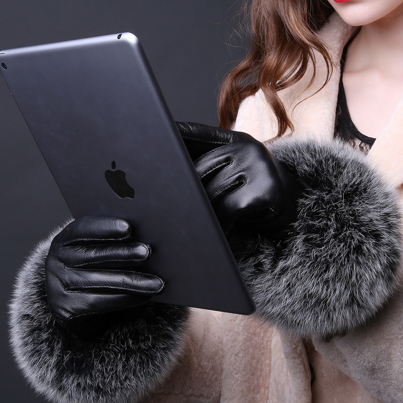 Gloves womens winter Haining leather gloves warm and thick sheep skin touch screen gloves womens fox fur gloves