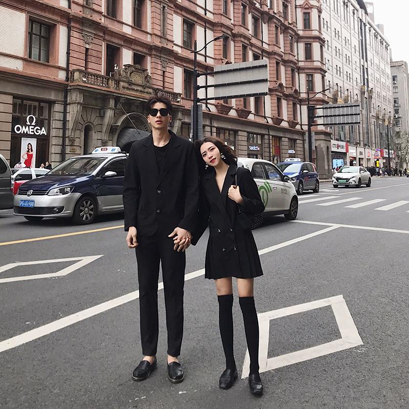 阿姐家不一样情侣装一衣一裙2020春新款中长款西装连衣裙垂感外套