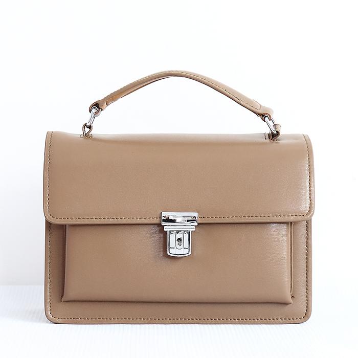 2020 new small CK fashion classic womens versatile small square bag
