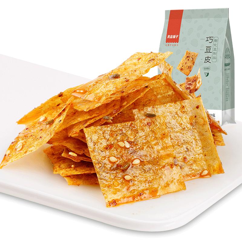 【天猫超市】良品铺子豆皮150g香辣味辣片休闲零食小吃素食辣条