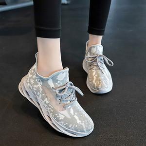 女鞋2020年新款春季椰子鞋百搭透气飞织轻便软底休闲跑步