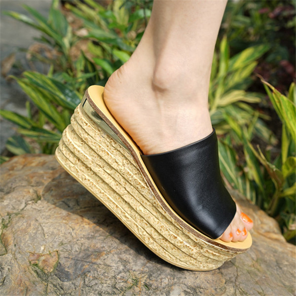 2021 spring and summer new line flip flops muffin bottom sandals womens thick bottom slope heel leather sandals womens sandals beach slippers womens sandals