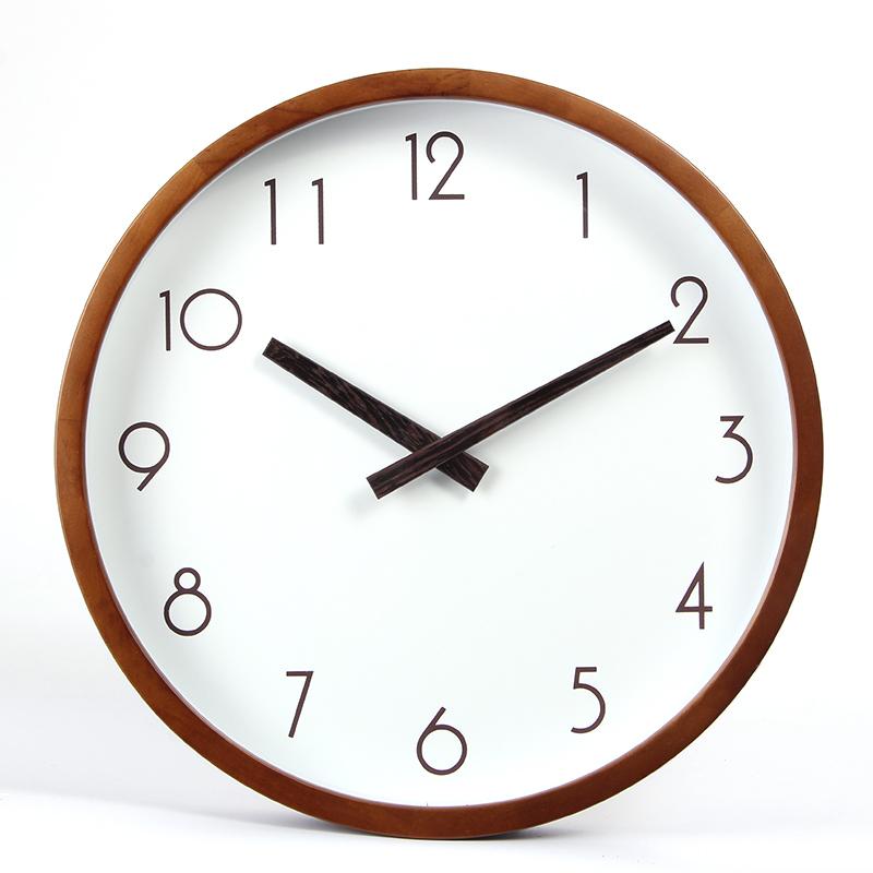 Нордический нештемпелеванный современный простой немой настенные часы мода творческий гостиная дерево тихий часы круглый кварц колокол
