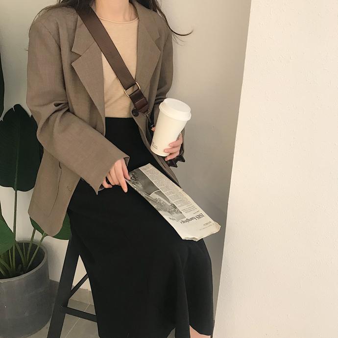 深燕麦色网红简约百搭西装外套2020新款BF风韩版宽松休闲西服上衣