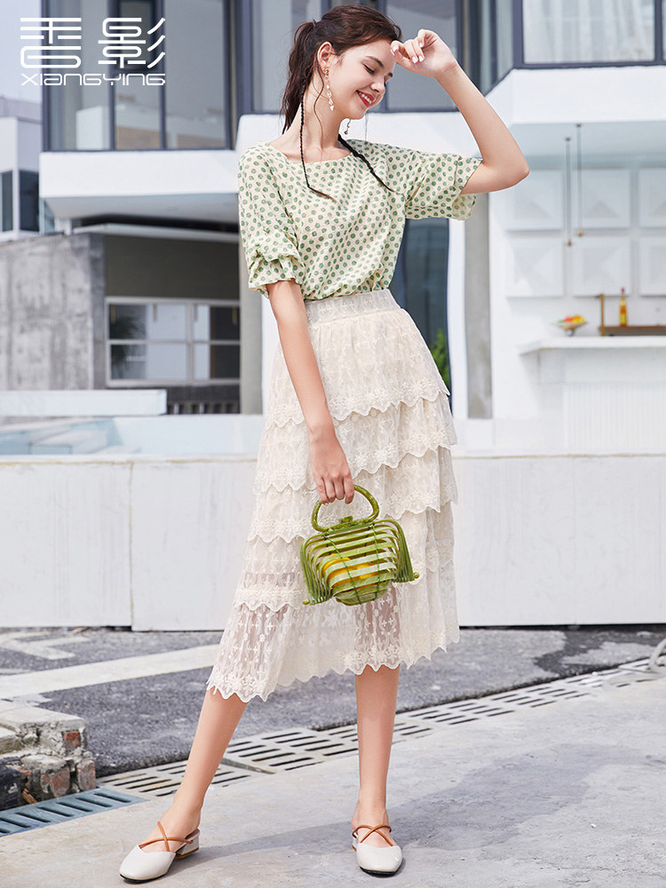 Wave point shirt female Korean version of the loose style small shirt fresh incense 2019 summer new cake skirt skirt