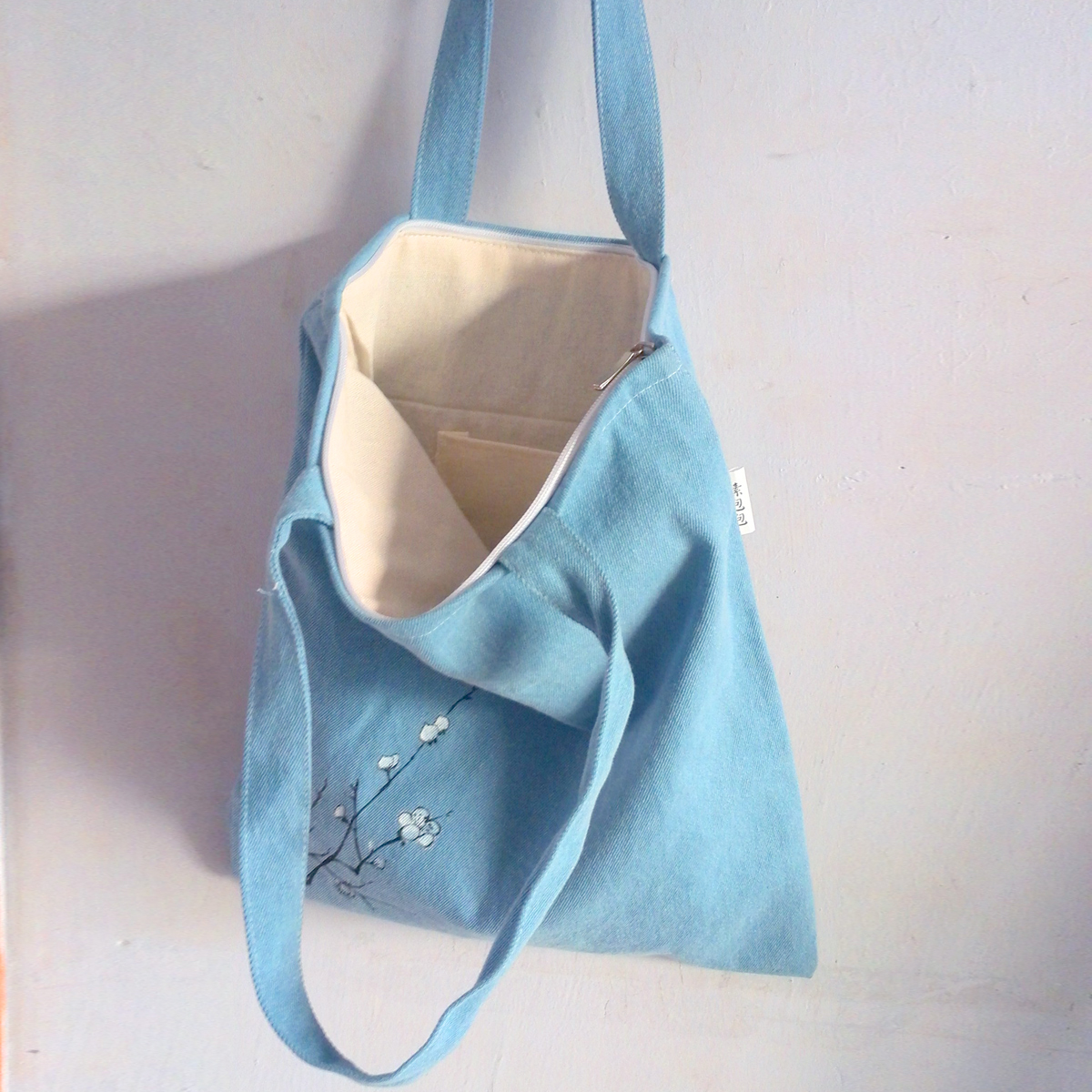 New hand painted shoulder bag cotton linen shopping bag denim canvas bag light blue retro Chinese style woman backpack Art