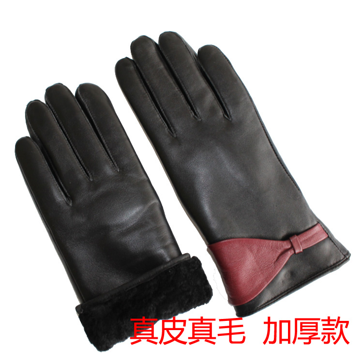 Winter womens thickened fur one piece sheepskin fur gloves womens outdoor cycling cold proof leather touch screen gloves