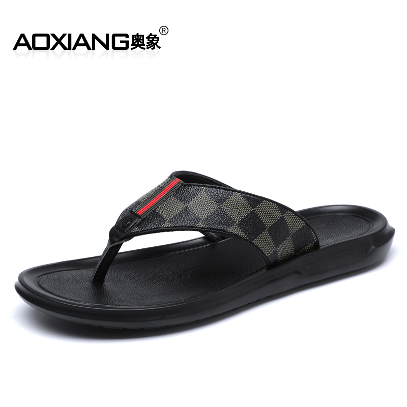 Hanzi Dragonfly Male Ins Tide Summer Sweater Beach Net Red Slippers Outdoor Wearing Sliding Sandals Stepping Outdoor Sports