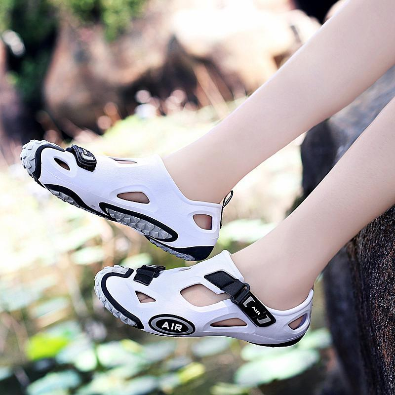 Spring and summer 2020 new leisure cycling shoes lockless mountain bike shoes hard soled antiskid road bike shoes