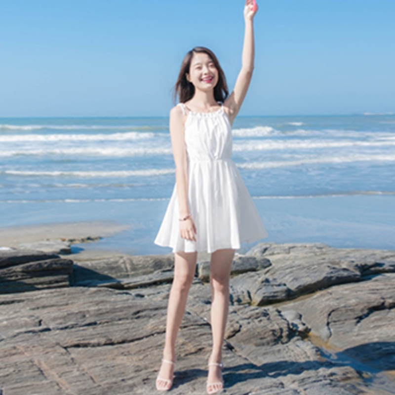夏季小清新学生子女收腰显瘦吊带裙五折促销